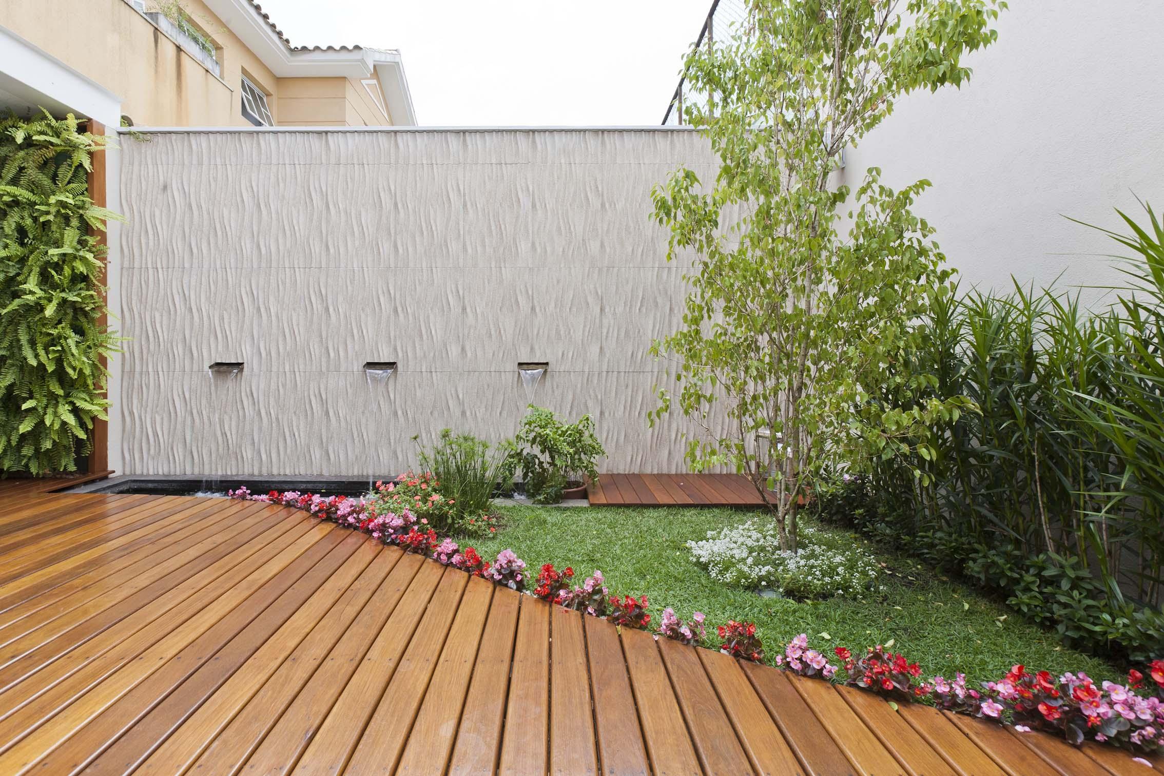 fotos jardins pequenos residenciais:modelos-de-jardins-espacos-pequenos-3 – Dicas Sobre