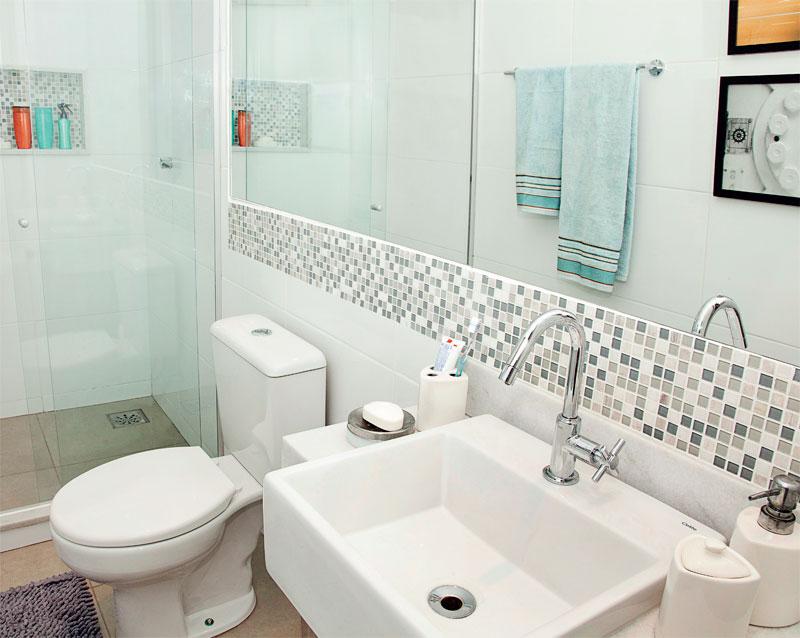 Decoração de Banheiros Pequenos  Sugestões e Fotos -> Fotos De Decoracao De Banheiro Pequeno Com Pastilhas