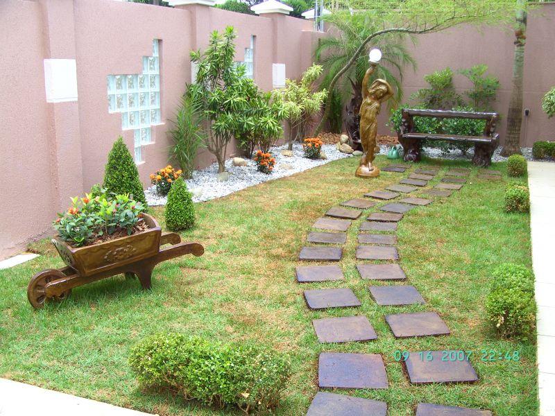 Jardins residenciais pequenos dicas fotos e modelos for Modelos jardines para casas pequenas