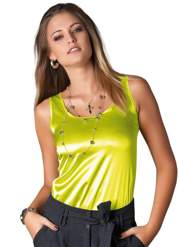 aaea69891 Modelos de Blusas de Cetim - Dicas e Fotos Para Você Arrasar