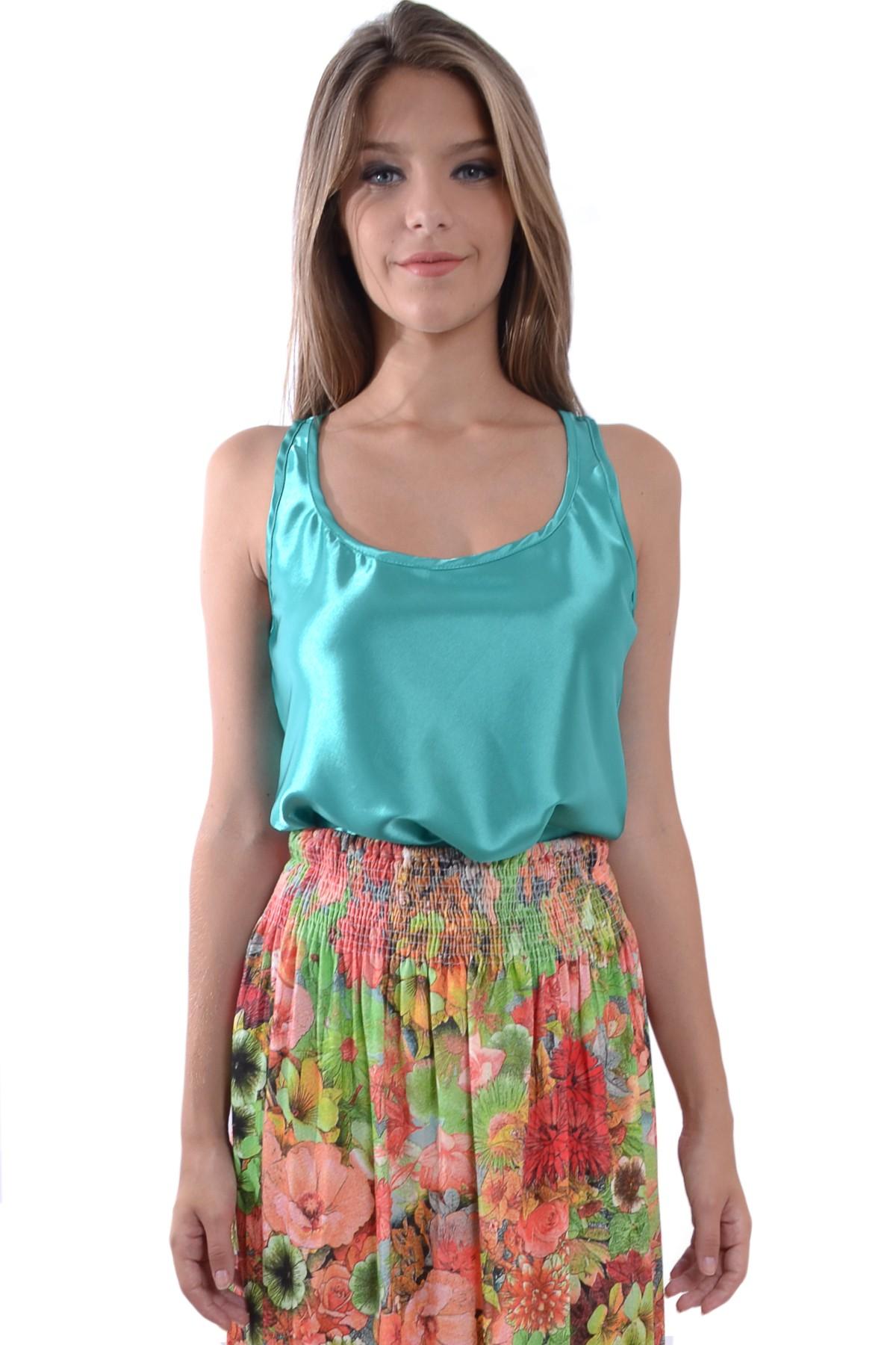 dd9a469cb Modelos de Blusas de Cetim – Inspire-se nas Fotos e Crie seu Próprio Look