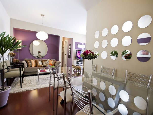 Apartamento Pequeno com Espelhos